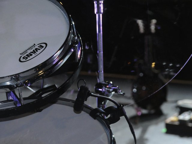 McMillan DPA drum mike .jpg