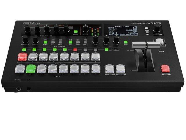 Roland V60HD.jpg