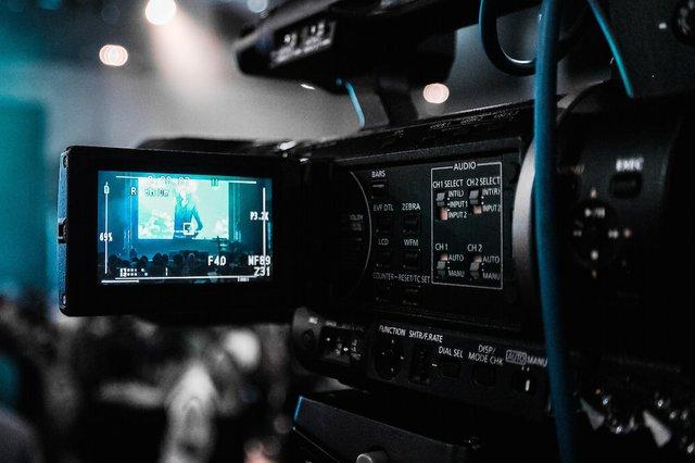 streaming camcorder.jpg