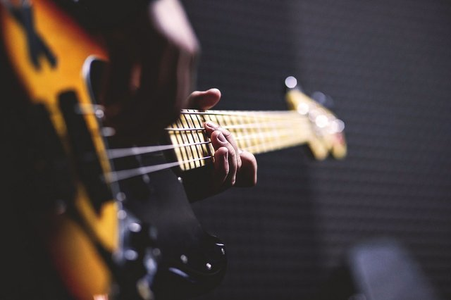 guitar hands.jpg