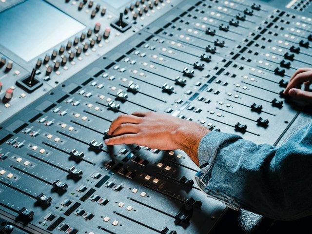 Audio Console Shutterstock Generic .jpg