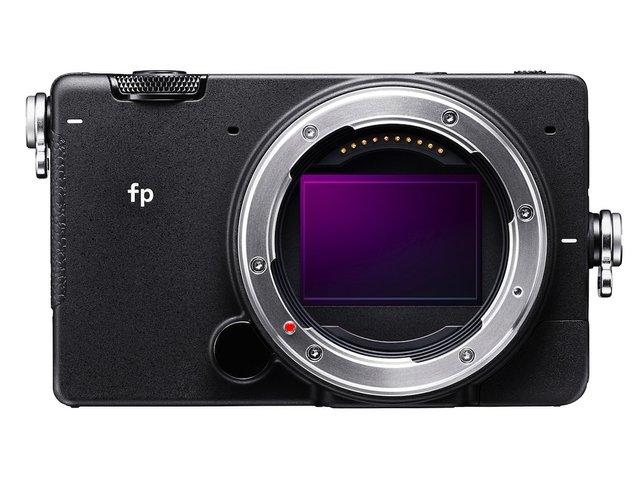 Sigma fp Mirrorless .jpg