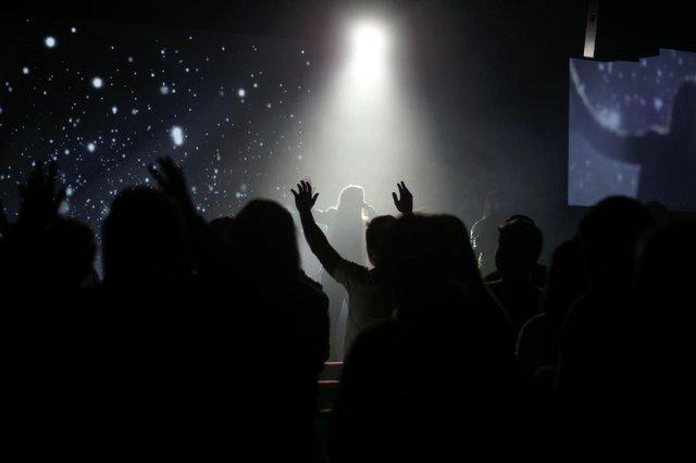 Singing in Church Coronavirus .jpg