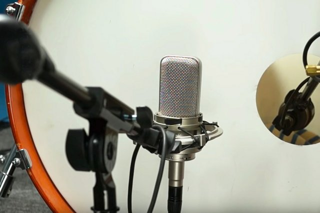Audio-technica drum mic 1 .jpg