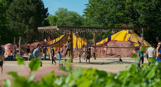 outdoor play area - hamburg, germany.jpg.jpe