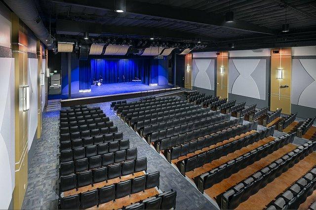 New Vintage theatre mezzanine sized.jpg.jpe