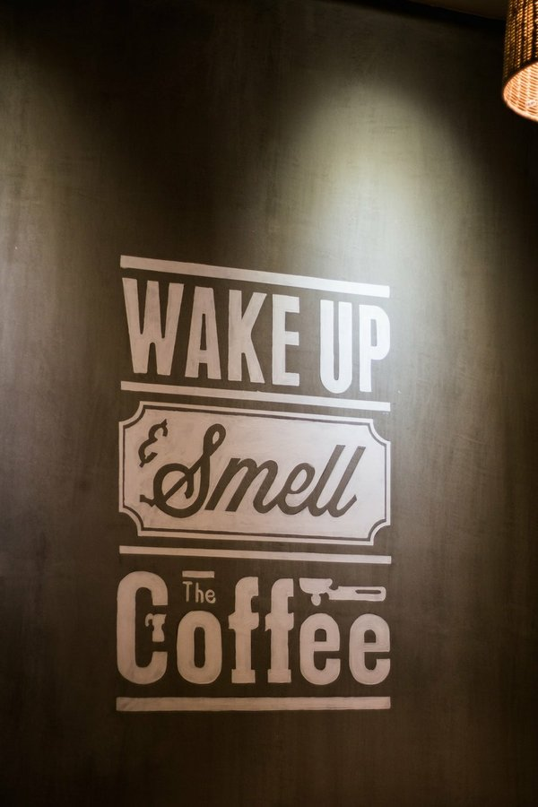 wake-up-smell-the-coffee-wall-decoratio-1187696.jpg.jpe