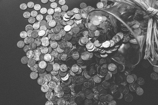bank-banking-black-and-white-budget-259209.jpg.jpe