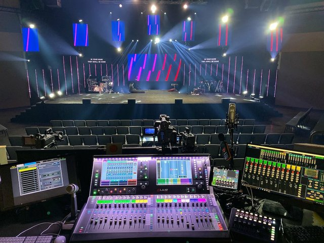 Lake Hills Church Sound Booth with dLive C3500 and IP8.jpg.jpe