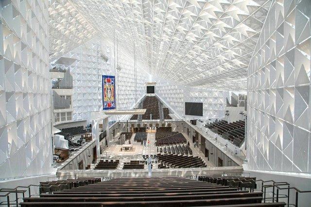 2019-07-12-christ-cathedral-dedication-prep-17_Chuck Bennett - edit.jpg.jpe