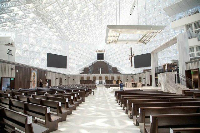 2019-07-12-christ-cathedral-dedication-prep-03_Chuck Bennett - Copy.jpg.jpe