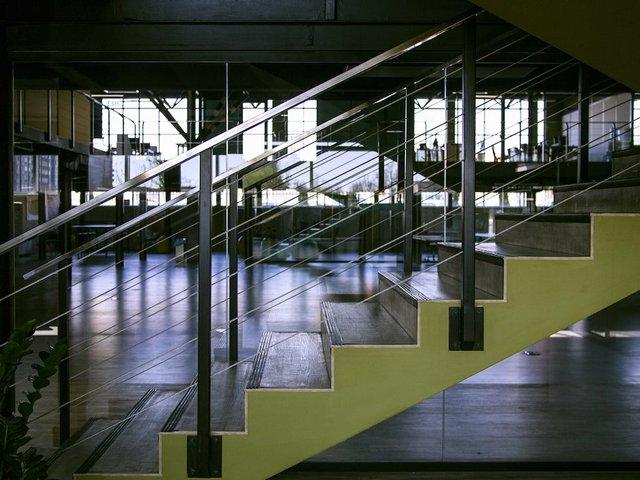 architecture-building-empty-416328.jpg.jpe