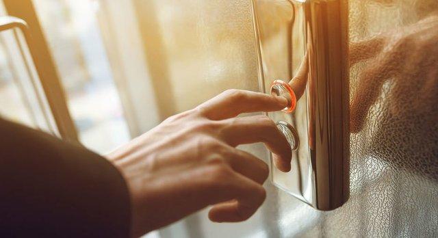 ELEVATOR.jpg.jpe