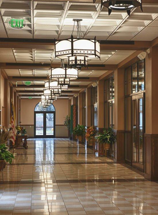 hallwayFINAL.jpg.jpe