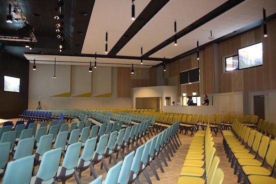 rcf_australian_church_interior_550.jpg.jpe