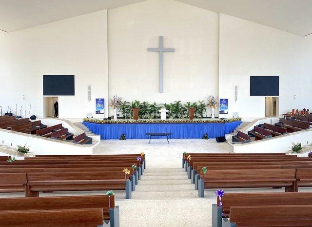 Abidjan Church 1.jpg