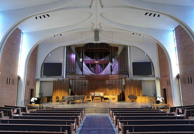 Kettering SDA Church 2.jpg