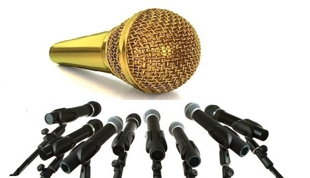 Gold_Mic_-_with_others2.png
