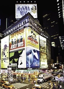 Broadway_signs.jpe