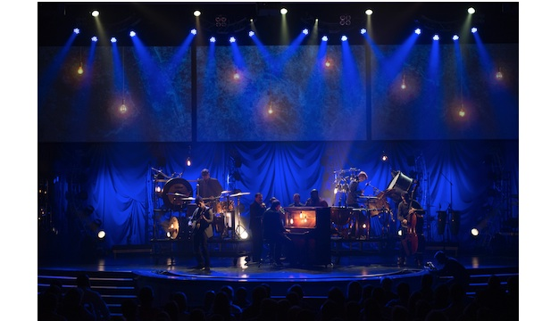 quick staging tips for the holiday season church production magazine - Church Of The Highlands Christmas