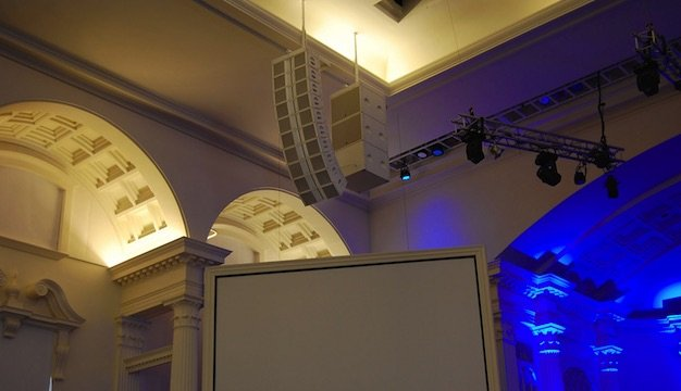 L-Acoustics_Family_Downtown_Church2.jpe