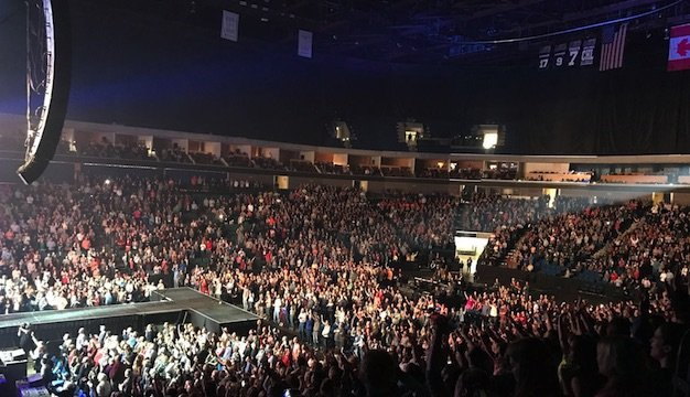 Chris_Tomlin_Tour.jpe